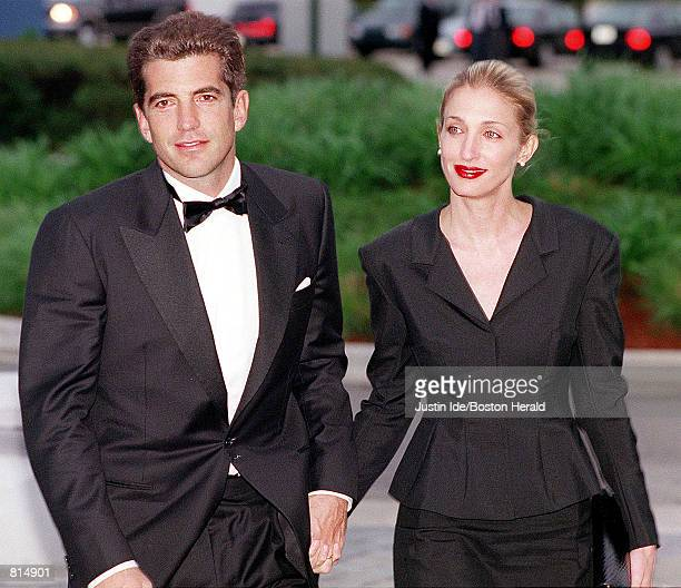 John F Kennedy Jr and his wife Carolyn Bessette Kennedy arrive at the annual John F Kennedy Library Foundation dinner and Profiles in Courage awards...