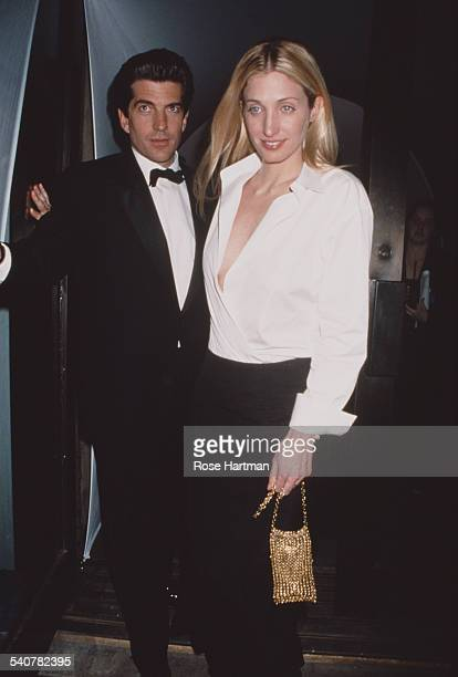 John F Kennedy Jr with his wife Carolyn BessetteKennedy USA circa 1995