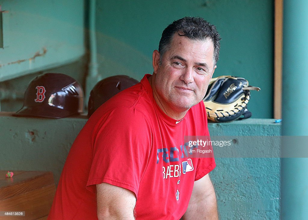 <a gi-track='captionPersonalityLinkClicked' href=/galleries/search?phrase=John+Farrell+-+Honkbalmanager&family=editorial&specificpeople=10307520 ng-click='$event.stopPropagation()'>John Farrell</a> #53 of the Boston Red Sox makes a visit to the dugout before a game against the Cleveland Indians at Fenway Park on August 19, 2015 in Boston, Massachusetts. Last week, Farrell relinquished his duties as manager to undergo treatment for lymphoma.