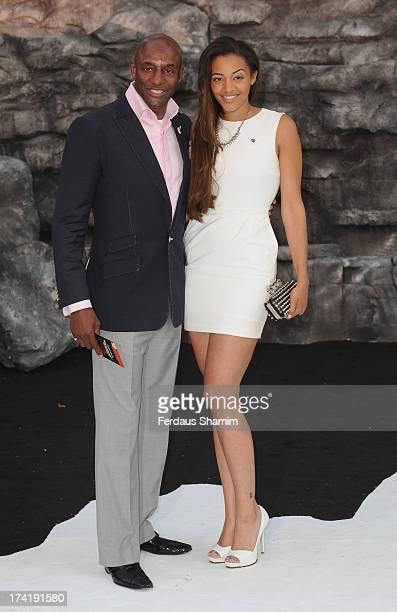 ¿Cuánto mide Amal Fashanu? John-fashanu-and-amal-fashanu-attend-the-uk-premiere-of-the-lone-at-picture-id174191580?s=612x612