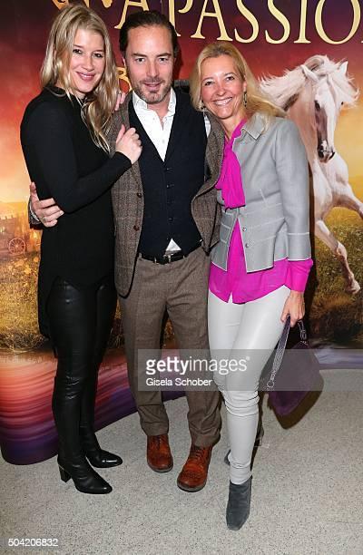 John Friedmann and his girlfriend Tini Fuchs Claudia Cieslarczyk editorinchief of 'Frau im Spiegel' during the 'APASSIONATA Im Bann des Spiegels' VIP...