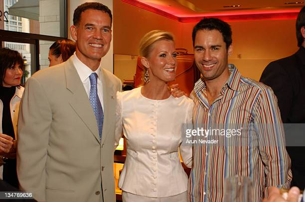 John Gile Director of the Angel Food Project Sandra Lee and Eric McCormack