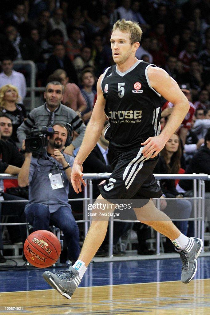 #5 John Goldsberry of Brose Baskets Bamberg in action during the 2012-2013 Turkish Airlines Euroleague Regular Season Game Day 7 between Besiktas JK Istanbul v Brose Baskets Bamberg at Abdi Ipekci Arena on November 23, 2012 in Istanbul, Turkey.
