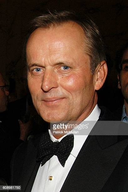 John Grisham attends BARBARA GOLDSMITH Receives Authors Guild Distinguished Service Award at The Metropolitan Club on May 21 2007 in New York City