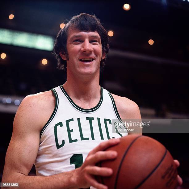 John Havlicek of the Boston Celtics poses for a portrait in 1980 at the Boston Garden in Boston Massachusetts NOTE TO USER User expressly...