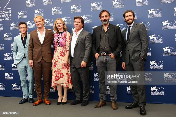 John Hawkes Jason Clarke Emily Watson Josh Brolin Baltasar Kormakur and Jake Gyllenhaal attend the 'Everest' photocall during the 72nd Venice Film...