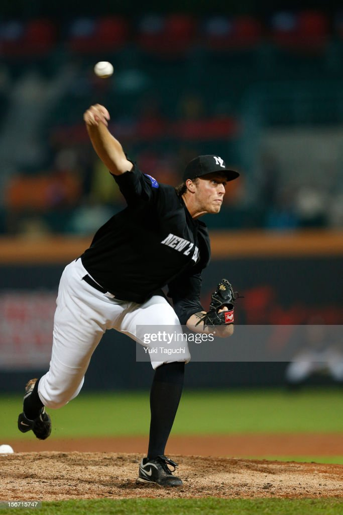 John Holdzkom #20 of Team New Zealand pitches during Game 6 of the 2013 World Baseball Classic Qualifier against Team Chinese Taipei at Xinzhuang Stadium in New Taipei City, Taiwan on Sunday, November 18, 2012.