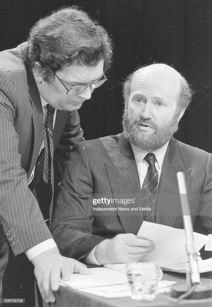 John Hume MP MEP and Harry WHelehan SC at the debate on the divorce referndum on The Late Late Show 20/6/86 Photographer Frank McGrath Jnr