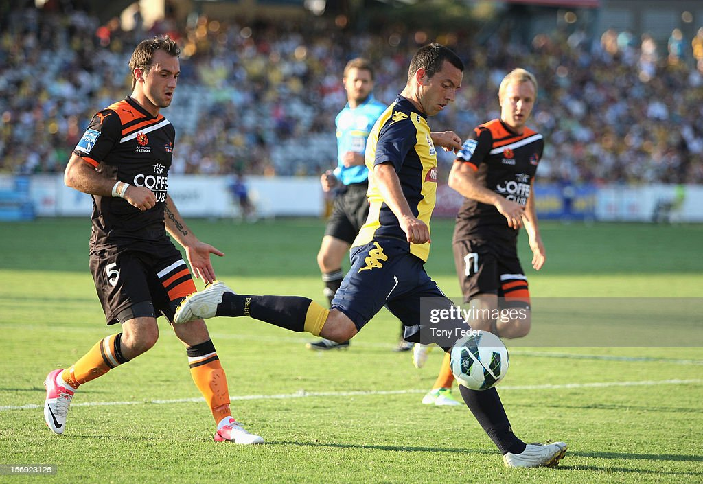 John Hutchinson of the Mariners clears the ball downfield during the round eight A-League match between the Central Coast Mariners and the Brisbane Roar at at Bluetongue Stadium on November 25, 2012 in Gosford, Australia.