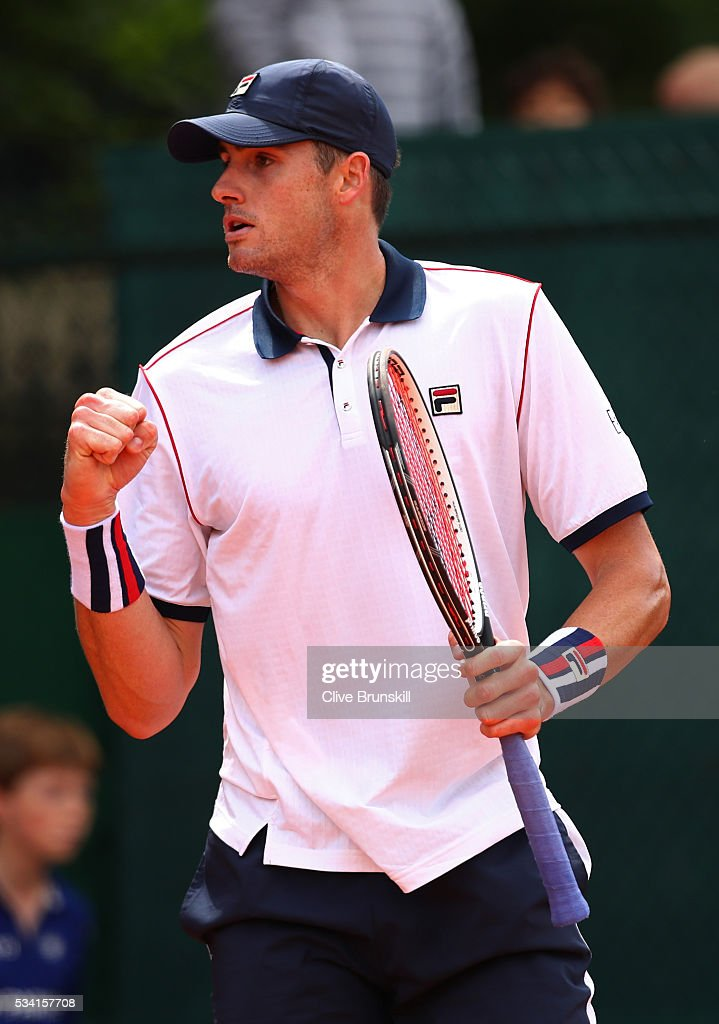 <a gi-track='captionPersonalityLinkClicked' href=/galleries/search?phrase=John+Isner+-+Tennis+Player&family=editorial&specificpeople=4439464 ng-click='$event.stopPropagation()'>John Isner</a> of the United States reacts during the Men's Singles second round match against Kyle Edmund of Great Britain on day four of the 2016 French Open at Roland Garros on May 25, 2016 in Paris, France.