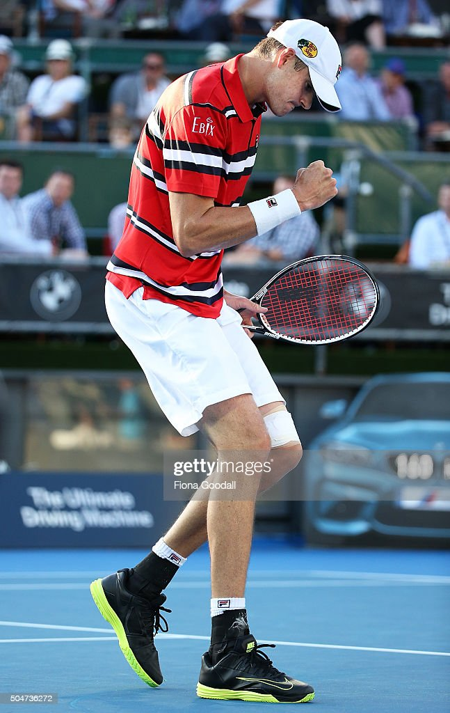 <a gi-track='captionPersonalityLinkClicked' href=/galleries/search?phrase=John+Isner+-+Tennis+Player&family=editorial&specificpeople=4439464 ng-click='$event.stopPropagation()'>John Isner</a> of USA reacts to a point against Sam Querrey of USA on day 3 of the ASB Classic on January 13, 2016 in Auckland, New Zealand.