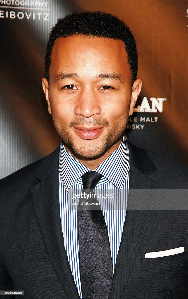 <a gi-track='captionPersonalityLinkClicked' href=/galleries/search?phrase=John+Legend&family=editorial&specificpeople=201468 ng-click='$event.stopPropagation()'>John Legend</a> attends The Macallan Masters Of Photography Series at The Bowery Hotel on October 10, 2012 in New York City.