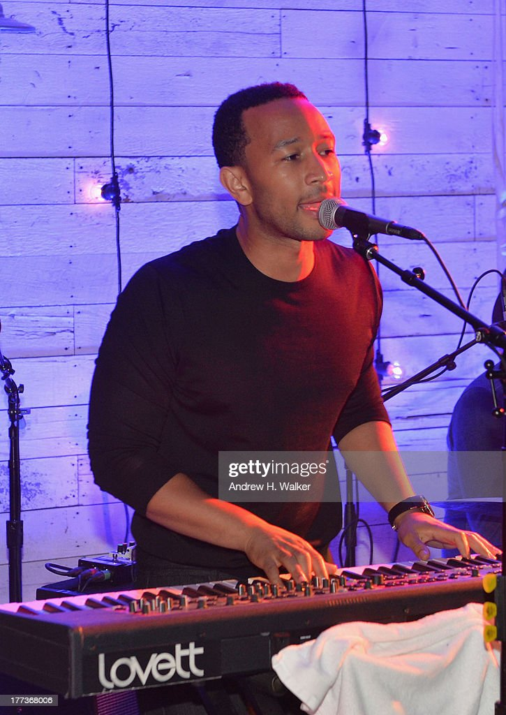 <a gi-track='captionPersonalityLinkClicked' href=/galleries/search?phrase=John+Legend&family=editorial&specificpeople=201468 ng-click='$event.stopPropagation()'>John Legend</a> performs with Mumford and Sons at Soho House New York's 10th Birthday Celebration on August 22, 2013 in New York City.