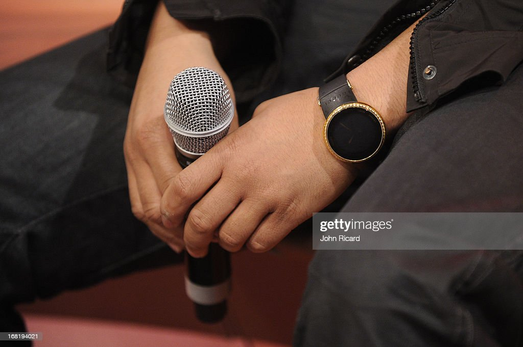 <a gi-track='captionPersonalityLinkClicked' href=/galleries/search?phrase=John+Legend&family=editorial&specificpeople=201468 ng-click='$event.stopPropagation()'>John Legend</a> visits BET's '106 & Park' at BET Studios on May 6, 2013 in New York City.