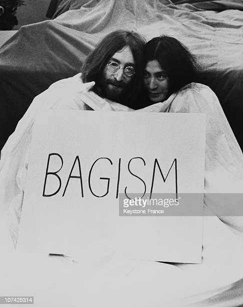 John Lennon And Yoko Ono In A Bagism Way On April 1969
