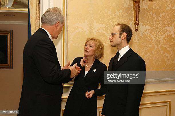 John Lithgow Jane Curtin and David Hyde Pierce attend National Corporate Theatre Fund 2005 Annual Chairman Awards Gala at Essex House on April 4 2005...