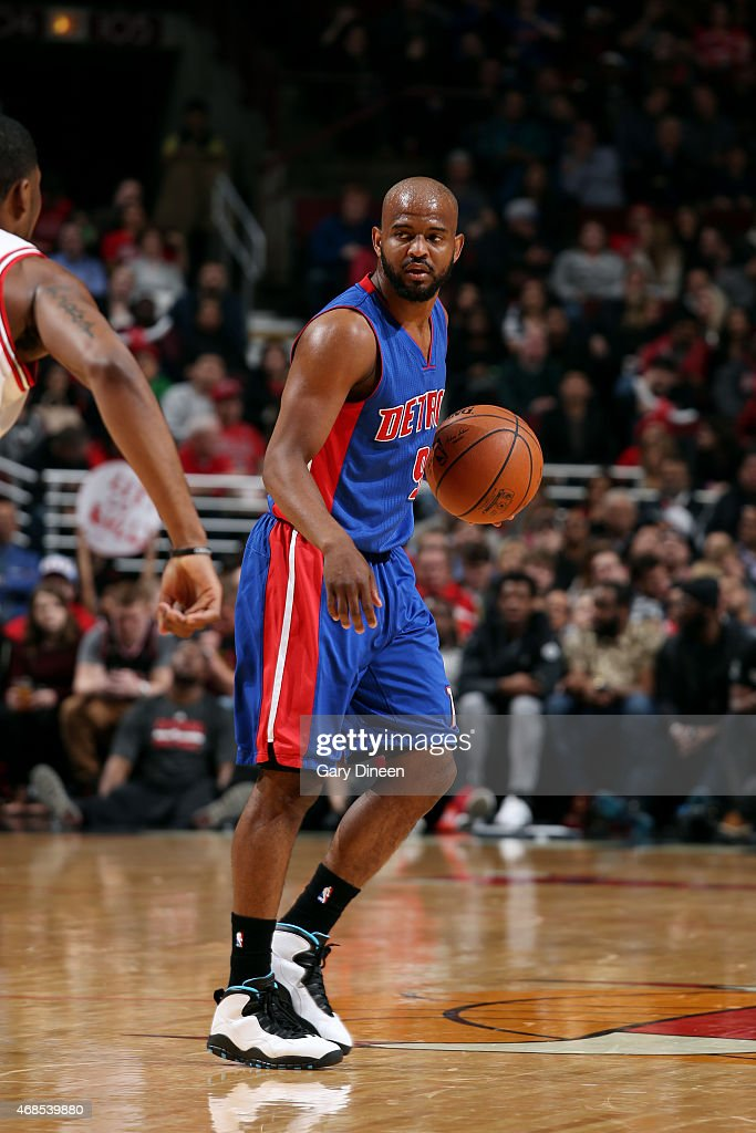 <a gi-track='captionPersonalityLinkClicked' href=/galleries/search?phrase=John+Lucas+III&family=editorial&specificpeople=784337 ng-click='$event.stopPropagation()'>John Lucas III</a> #9 of the Detroit Pistons handles the ball against the Chicago Bulls on April 3, 2015 at the United Center in Chicago, Illinois.