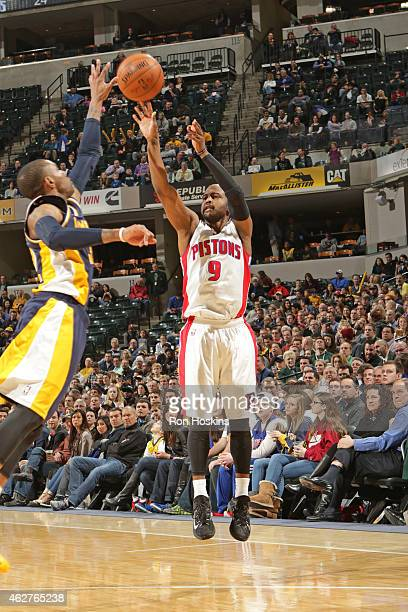 John Lucas III of the Detroit Pistons shoots the ball against the Indiana Pacers during the game on February 4 2015 at Bankers Life Fieldhouse in...