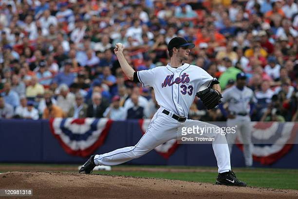 John Maine of the New York Mets pitches against the Los Angeles Dodgers during game one of the 2006 National League Divisional Series at Shea...