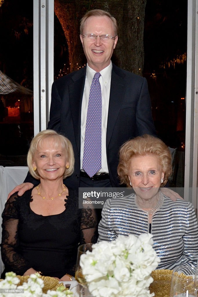 John Mara, president and CEO of the New York Giants, center, stands behind his wife, Denise, and mother, Ann, during a party hosted by Tom and Gayle Benson, owners of the New Orleans Saints, for NFL team owners in New Orleans, Louisiana, U.S., on Thursday, Jan. 31, 2013. The party in City Park kicked off a weekend of festivities before Super Bowl XLVII. Photographer: Amanda Gordon/Bloomberg via Getty Images