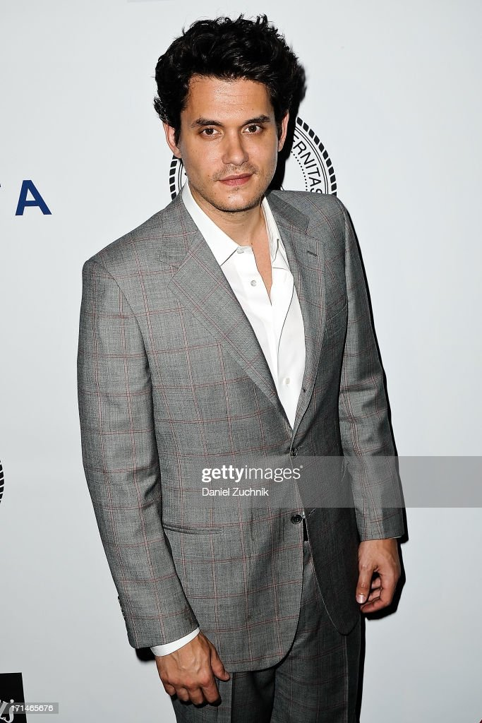 <a gi-track='captionPersonalityLinkClicked' href=/galleries/search?phrase=John+Mayer&family=editorial&specificpeople=201930 ng-click='$event.stopPropagation()'>John Mayer</a> attends The Friars Foundation 2013 Applause Award Gala honoring Don Rickles at The Waldorf Astoria on June 24, 2013 in New York City.