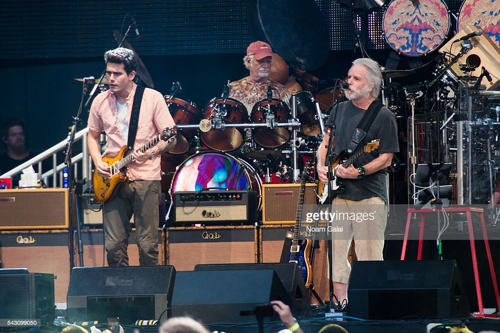 <a gi-track='captionPersonalityLinkClicked' href=/galleries/search?phrase=John+Mayer&family=editorial&specificpeople=201930 ng-click='$event.stopPropagation()'>John Mayer</a>, <a gi-track='captionPersonalityLinkClicked' href=/galleries/search?phrase=Bill+Kreutzmann&family=editorial&specificpeople=1144269 ng-click='$event.stopPropagation()'>Bill Kreutzmann</a> and <a gi-track='captionPersonalityLinkClicked' href=/galleries/search?phrase=Bob+Weir&family=editorial&specificpeople=208877 ng-click='$event.stopPropagation()'>Bob Weir</a> of Dead & Company perform in concert at Citi Field on June 25, 2016 in the Queens borough of New York City.
