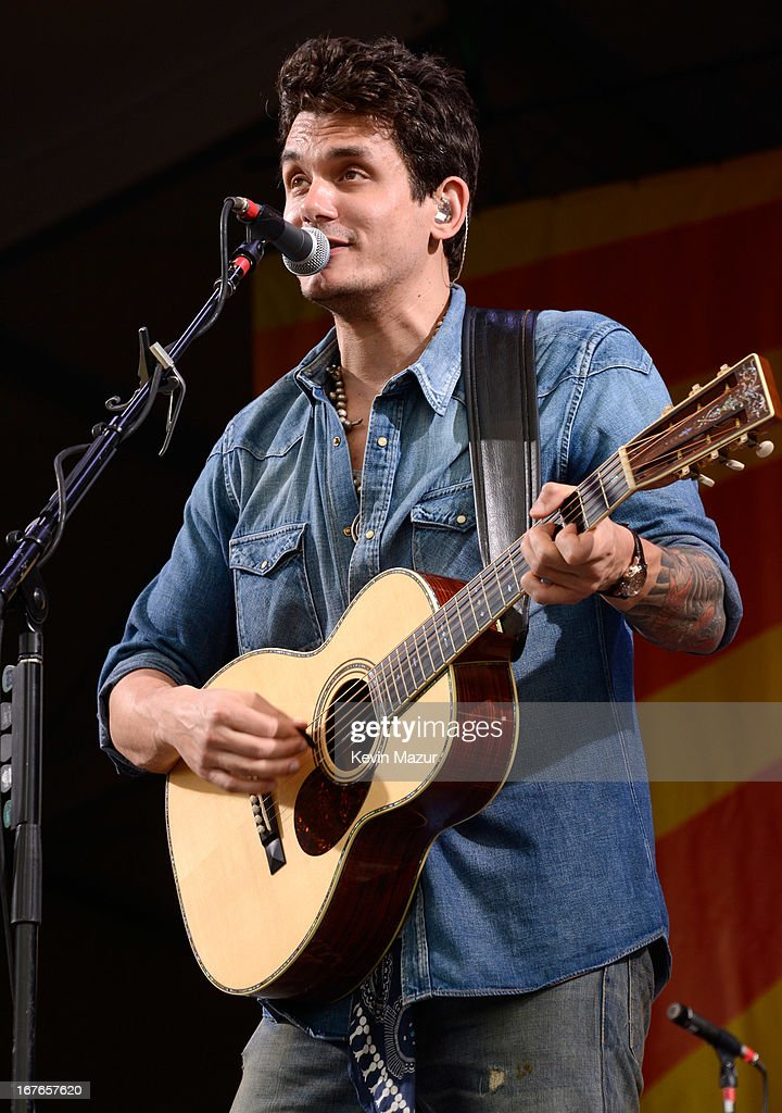 <a gi-track='captionPersonalityLinkClicked' href=/galleries/search?phrase=John+Mayer&family=editorial&specificpeople=201930 ng-click='$event.stopPropagation()'>John Mayer</a> performs during the 2013 New Orleans Jazz & Heritage Music Festival at Fair Grounds Race Course on April 26, 2013 in New Orleans, Louisiana.