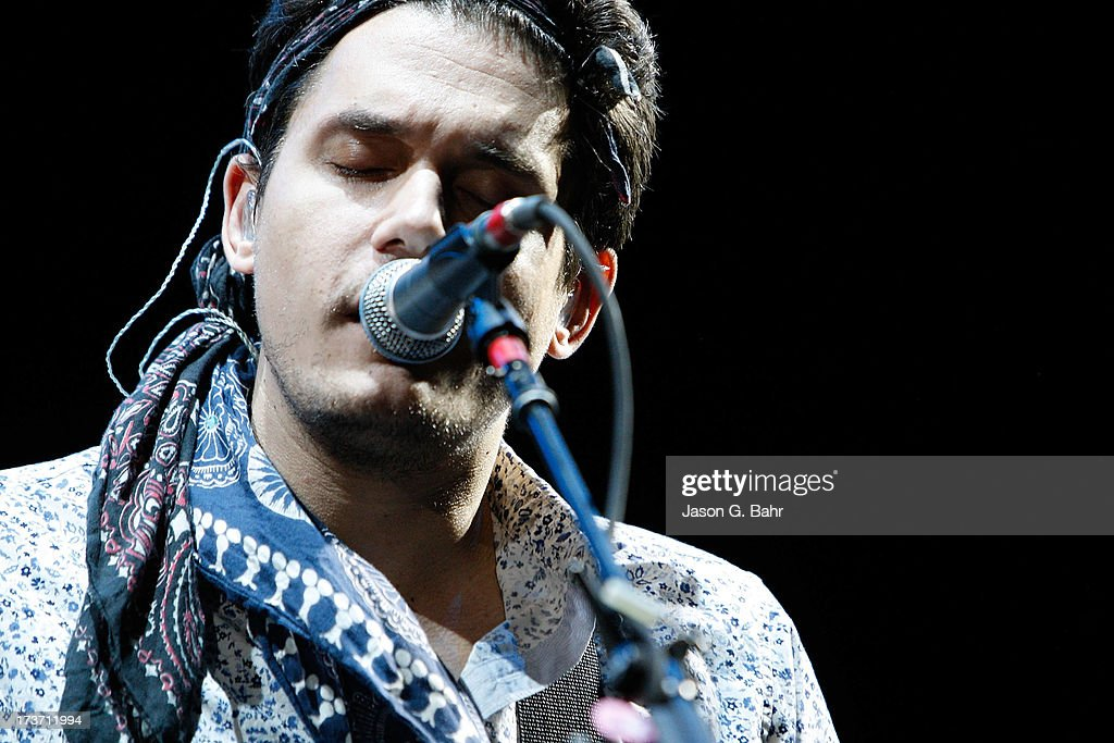 <a gi-track='captionPersonalityLinkClicked' href=/galleries/search?phrase=John+Mayer&family=editorial&specificpeople=201930 ng-click='$event.stopPropagation()'>John Mayer</a> sings at Red Rocks Amphitheatre on July 16, 2013 in Morrison, Colorado.