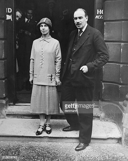 John Maynard Keynes the worldfamous British economist who represented the British Treasury at the Paris Peace Conference and MlleLopokova the...