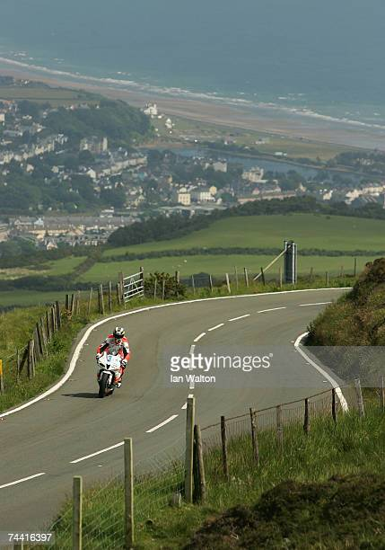 John McGuinness in action through Guthries during the PokerStars TT Supersport Junior race at the Isle of Man TT Races on Jun 6 2007 in Isle of Man