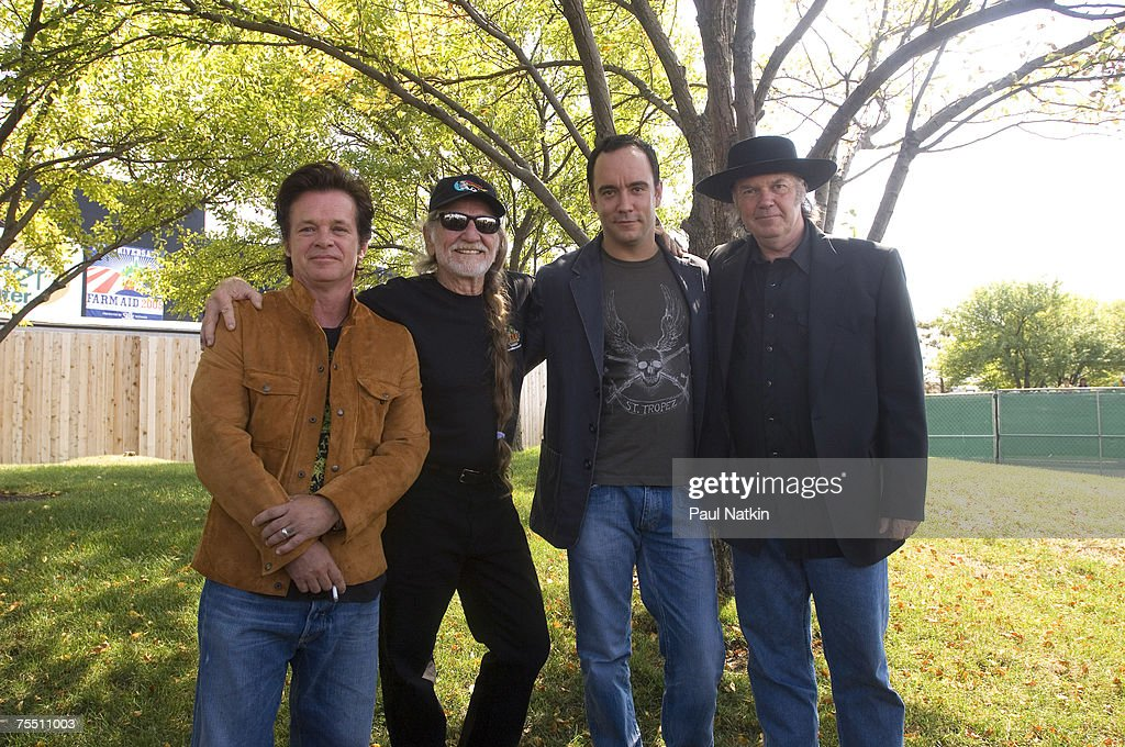 John Mellencamp, Willie Nelson, Dave Matthews, and Neil Young at the Tweeter Center in Chicago, Il