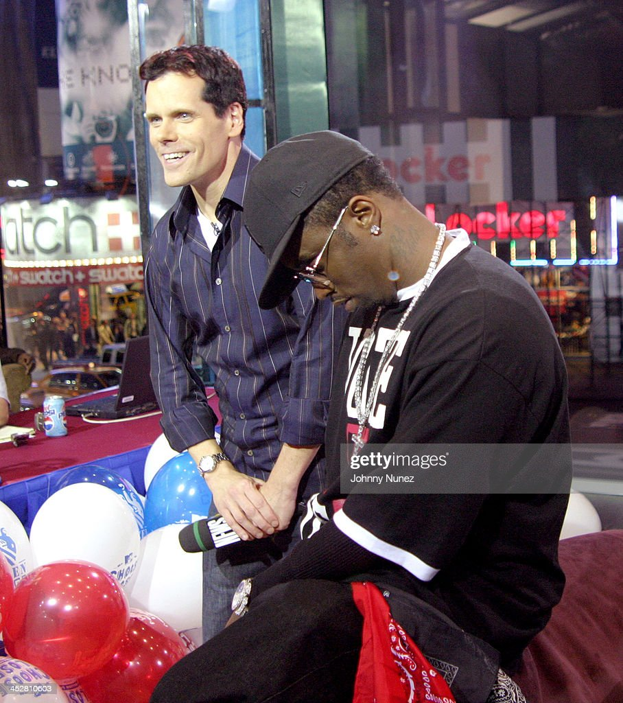 <a gi-track='captionPersonalityLinkClicked' href=/galleries/search?phrase=John+Norris&family=editorial&specificpeople=1984550 ng-click='$event.stopPropagation()'>John Norris</a> of MTV and Sean P. Diddy Combs during Sean P. Diddy Combs, Rachel Bilson, Rosario Dawson and Trick Daddy Visit MTV's TRL - November 2, 2004 at MTV Studios, Times Square in New York City, New York, United States.