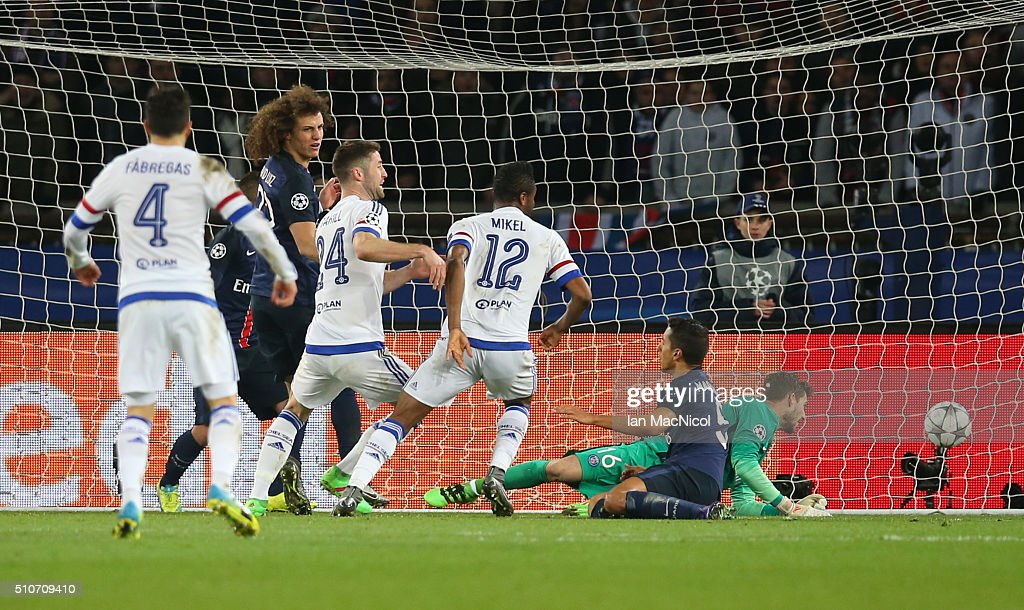 John Obi Mikel of Chelsea scores during the UEFA Champions League Round of 16 First Leg match between Paris Saint-Germain and Chelsea at Parc des Princes on February 16, 2016 in Paris, France.