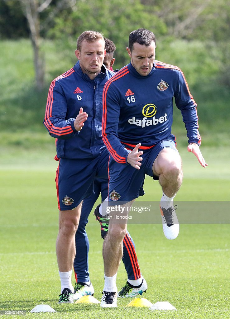 John O.Shea leads the way during a Sunderland training session at The Academy of Light on May 5, 2016 in Sunderland, England.