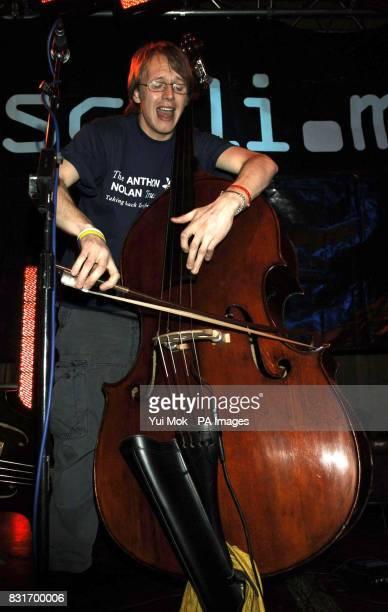 John Parker of Nizlopi performs during the Tiscali Sessions secret gig held at Cargo in Shoreditch east London Monday 3 April 2006 PRESS ASSOCIATION...