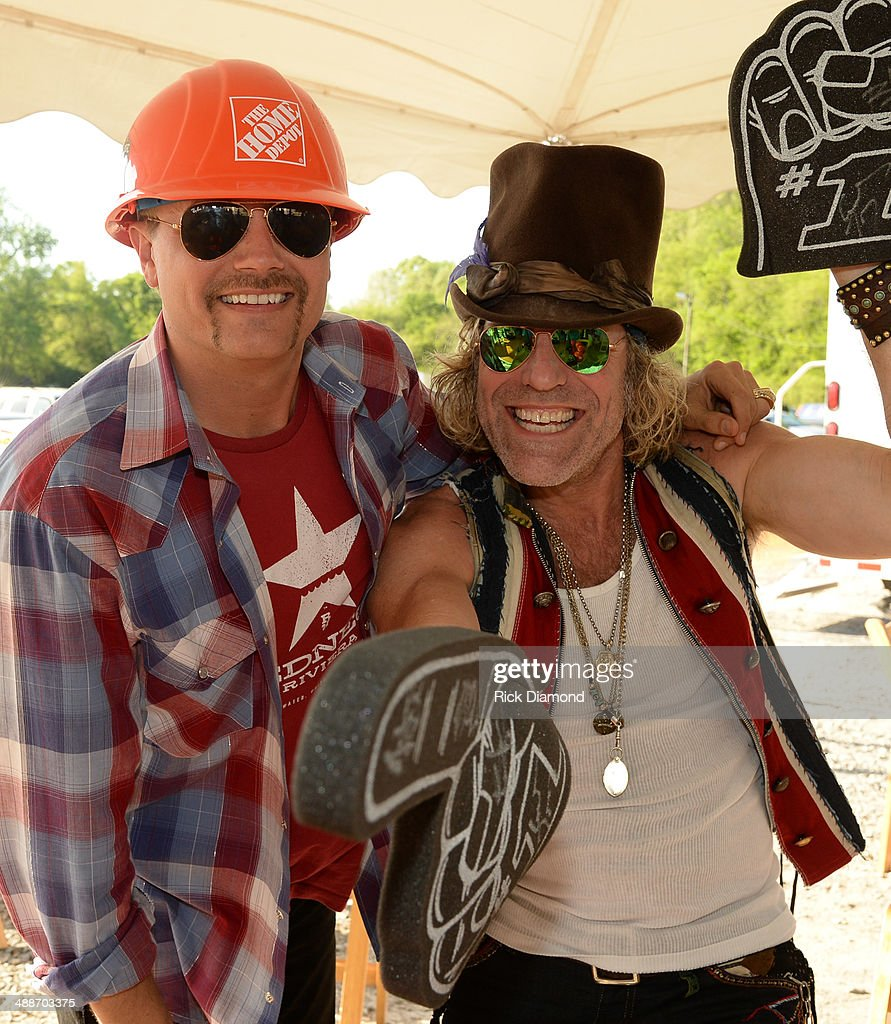 "Big & Rich Tape ""ESPN GameDay"" Opening - Day 2"