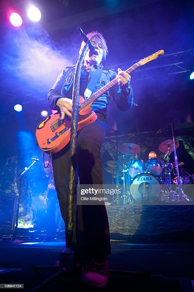 John Rzeznik and Mike Malinin of Goo Goo Dolls perform on stage at O2 Academy on November 17, 2010 in Leicester, England.