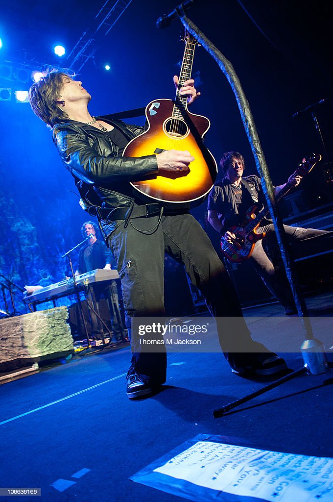 John Rzeznik and Robby Tacak of the Goo Goo Dolls perform on stage at O2 Academy on November 8, 2010 in Newcastle upon Tyne, England.