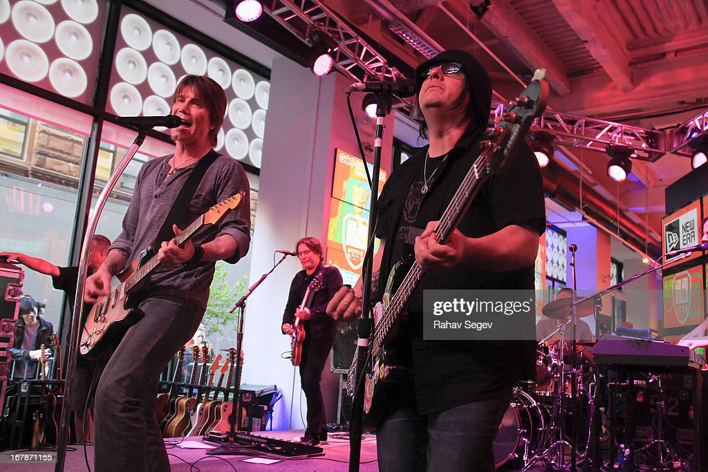 <a gi-track='captionPersonalityLinkClicked' href=/galleries/search?phrase=John+Rzeznik&family=editorial&specificpeople=220876 ng-click='$event.stopPropagation()'>John Rzeznik</a> and <a gi-track='captionPersonalityLinkClicked' href=/galleries/search?phrase=Robby+Takac&family=editorial&specificpeople=778886 ng-click='$event.stopPropagation()'>Robby Takac</a> of the Goo Goo Dolls band perform at the MLB Fan Cave on May 1, 2013 in New York City.