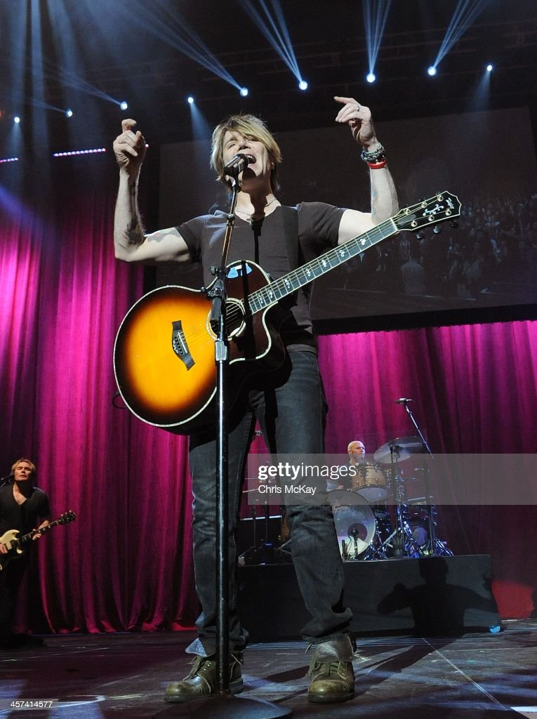 <a gi-track='captionPersonalityLinkClicked' href=/galleries/search?phrase=John+Rzeznik&family=editorial&specificpeople=220876 ng-click='$event.stopPropagation()'>John Rzeznik</a>, Brad Fernquist, and <a gi-track='captionPersonalityLinkClicked' href=/galleries/search?phrase=Mike+Malinin&family=editorial&specificpeople=883519 ng-click='$event.stopPropagation()'>Mike Malinin</a> of Goo Goo Dolls perform during the 2013 Star 94 Jingle Jam at Arena at Gwinnett Center on December 16, 2013 in Duluth, Georgia.
