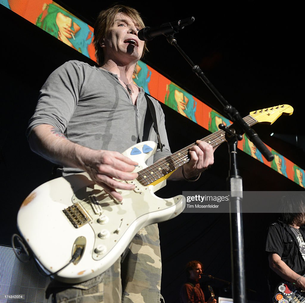 <a gi-track='captionPersonalityLinkClicked' href=/galleries/search?phrase=John+Rzeznik&family=editorial&specificpeople=220876 ng-click='$event.stopPropagation()'>John Rzeznik</a> of Goo Goo Dolls performs in support of the bands' Magnetic release at Sleep Train Pavilion on July 23, 2013 in Concord, California.