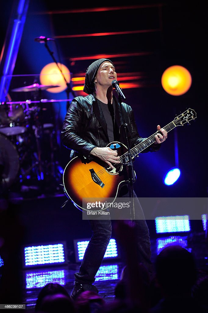 John Rzeznik of the band The Goo Goo Dolls performs during VH1's 'Super Bowl Blitz: Six Nights + Six Concerts' at St. George Theatre on January 31, 2014 in the Staten Island borough of New York City.