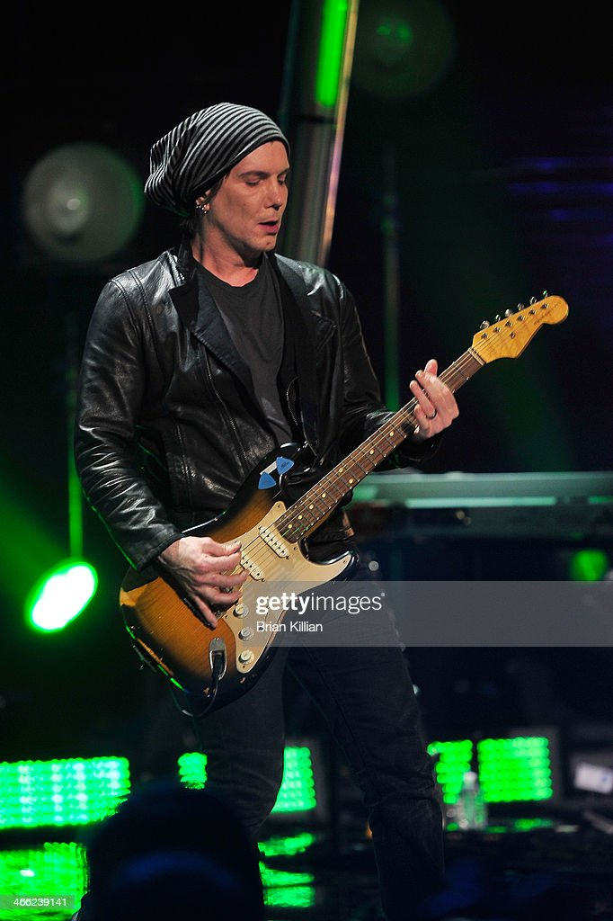 <a gi-track='captionPersonalityLinkClicked' href=/galleries/search?phrase=John+Rzeznik&family=editorial&specificpeople=220876 ng-click='$event.stopPropagation()'>John Rzeznik</a> of the band The Goo Goo Dolls performs during VH1's 'Super Bowl Blitz: Six Nights + Six Concerts' at St. George Theatre on January 31, 2014 in the Staten Island borough of New York City.
