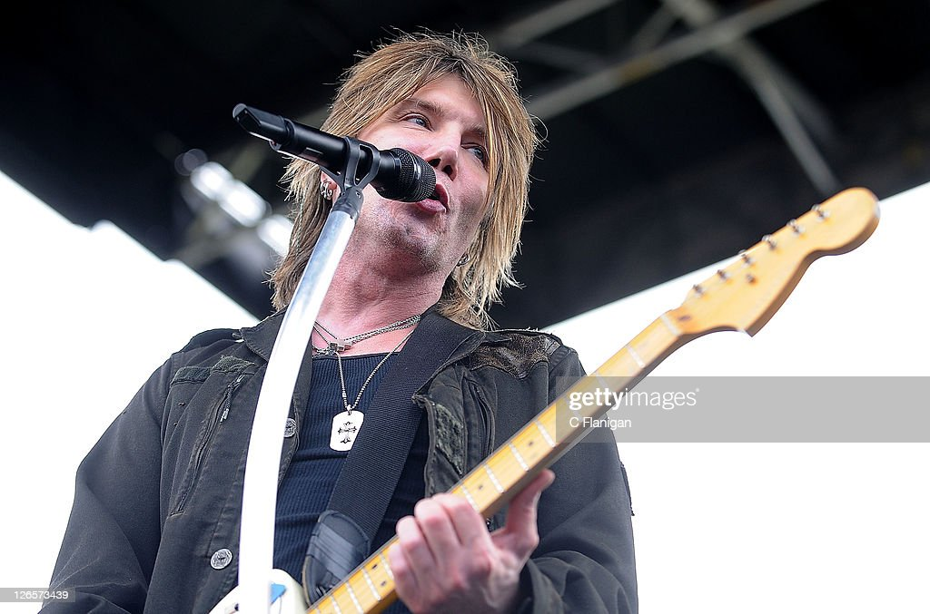 <a gi-track='captionPersonalityLinkClicked' href=/galleries/search?phrase=John+Rzeznik&family=editorial&specificpeople=220876 ng-click='$event.stopPropagation()'>John Rzeznik</a> of The Goo Goo Dolls performs during the 2011 97.3 Alice Radio's Now & Zen Festival at Golden Gate Park on September 25, 2011 in San Francisco, California.