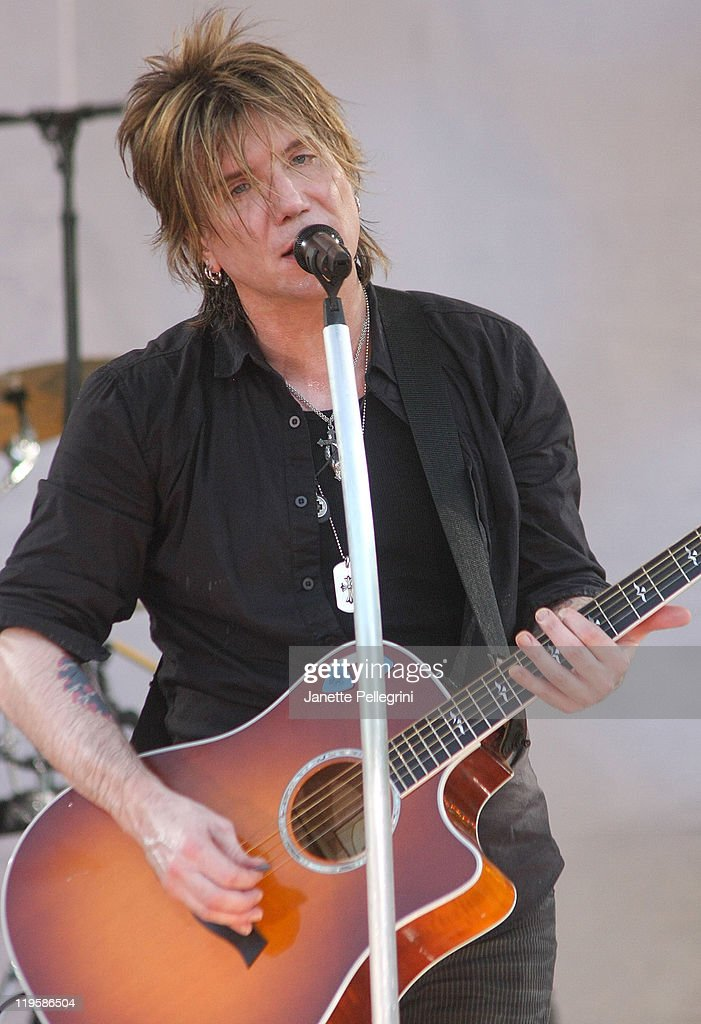John Rzeznik of the Goo Goo Dolls performs on ABC's 'Good Morning America' at Rumsey Playfield, Central Park on July 22, 2011 in New York City.