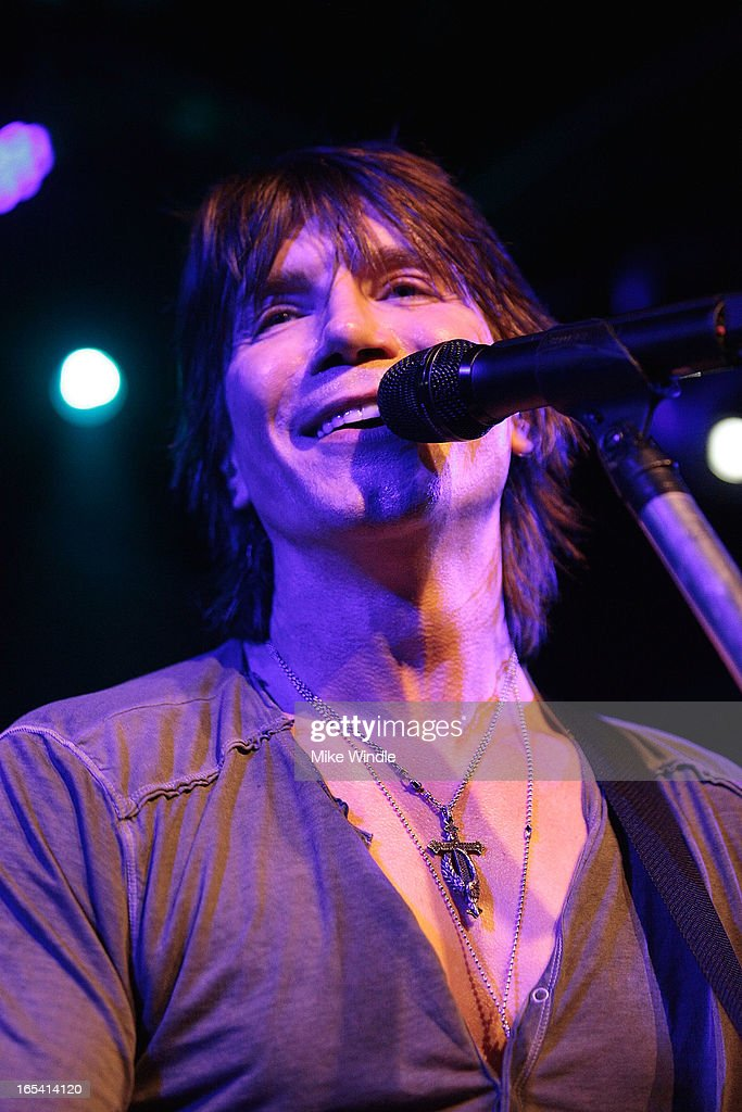 <a gi-track='captionPersonalityLinkClicked' href=/galleries/search?phrase=John+Rzeznik&family=editorial&specificpeople=220876 ng-click='$event.stopPropagation()'>John Rzeznik</a> of the Goo Goo Dolls performs on stage during 104.3FM and Warner Sound present the Goo Goo Dolls in concert at Troubadour on April 3, 2013 in West Hollywood, California.