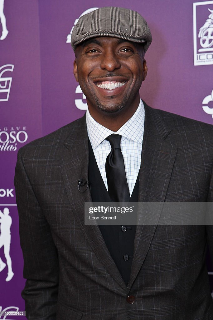 <a gi-track='captionPersonalityLinkClicked' href=/galleries/search?phrase=John+Salley&family=editorial&specificpeople=215276 ng-click='$event.stopPropagation()'>John Salley</a> arrives at the Kareem Abdul-Jabbar Celebrity Roast Hosted By George Lopez at JW Marriott Los Angeles at L.A. LIVE on November 17, 2012 in Los Angeles, California.