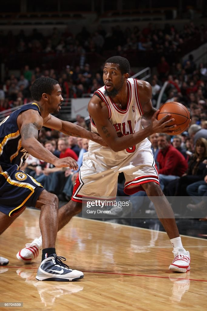 John Salmons of the Chicago Bulls handles the ball against Luther Head of the Indiana Pacers during the game on December 29 2009 at the United Center...
