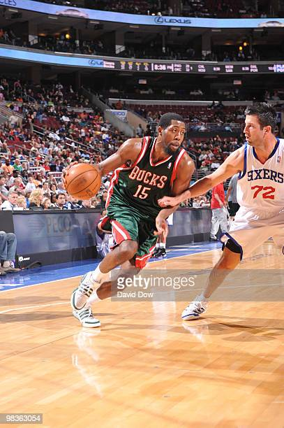 John Salmons of the Milwaukee Bucks drives against Jason Kapono of the Philadelphia 76ers during the game on April 9 2010 at the Wachovia Center in...