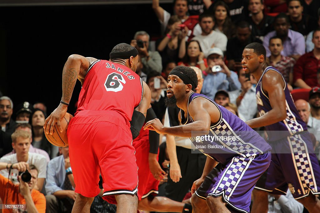 <a gi-track='captionPersonalityLinkClicked' href=/galleries/search?phrase=John+Salmons&family=editorial&specificpeople=202524 ng-click='$event.stopPropagation()'>John Salmons</a> #5 of the Sacramento Kings defends against <a gi-track='captionPersonalityLinkClicked' href=/galleries/search?phrase=LeBron+James&family=editorial&specificpeople=201474 ng-click='$event.stopPropagation()'>LeBron James</a> #6 of the Miami Heat on February 26, 2013 at American Airlines Arena in Miami, Florida.